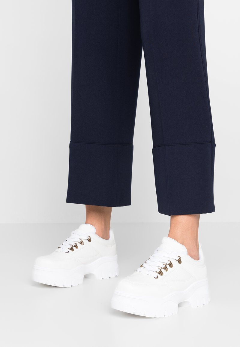 Topshop - CHOMP - Sneaker low - white