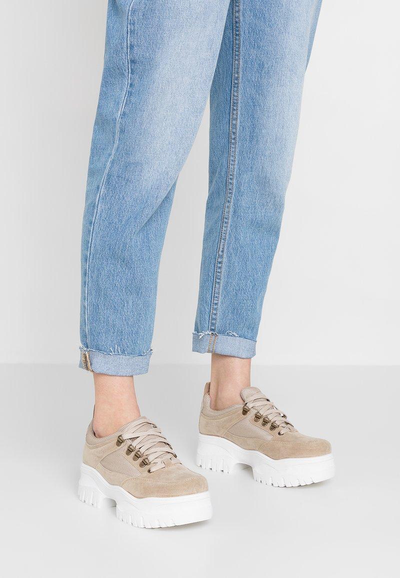 Topshop - CHOMP - Sneakers laag - natural