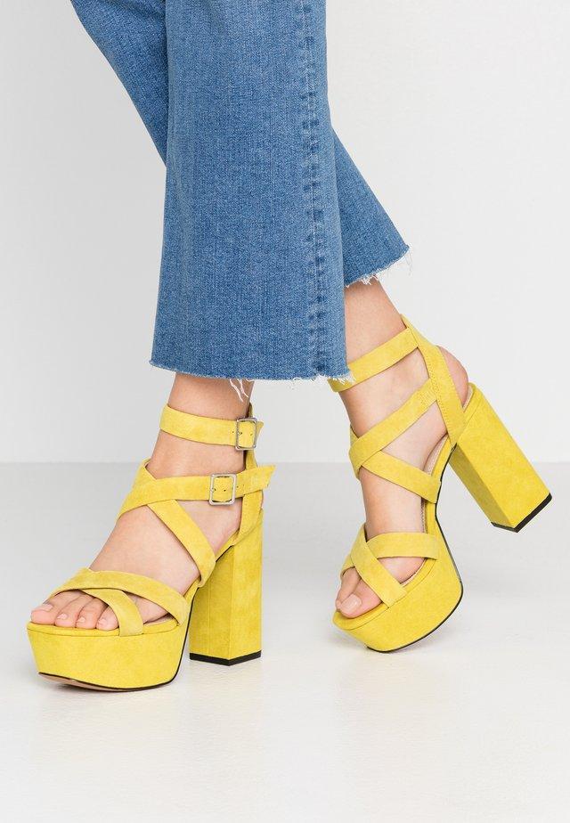 RADICAL - Sandalen met hoge hak - lime