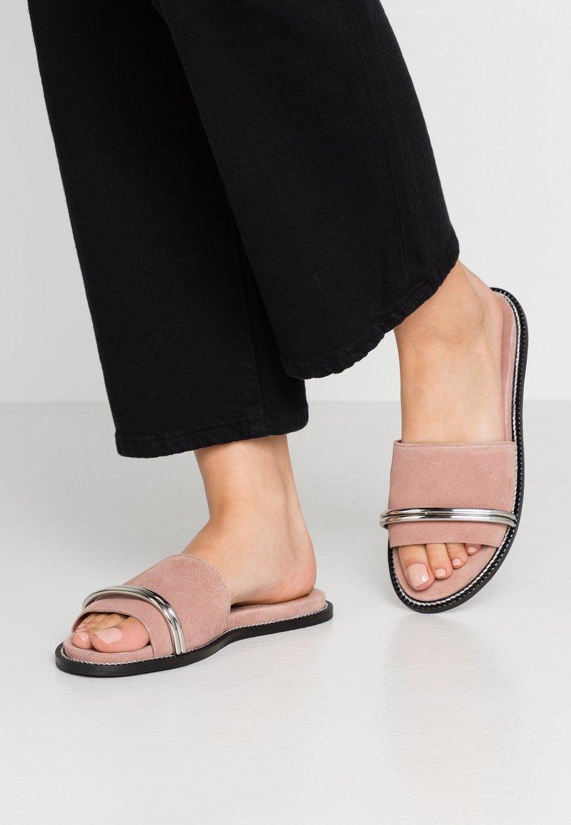 Topshop - FLASH BAR - Sandaler - nude