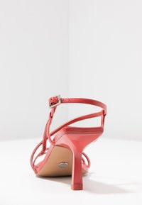 Topshop - ROME STRAPPY - Sandály - coral - 5