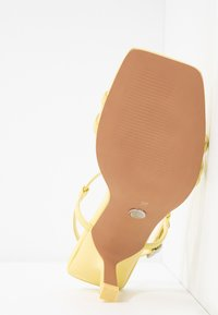 Topshop - ROME STRAPPY - Sandals - lime - 6