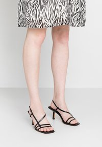 Topshop - ROME STRAPPY - Sandals - black - 0