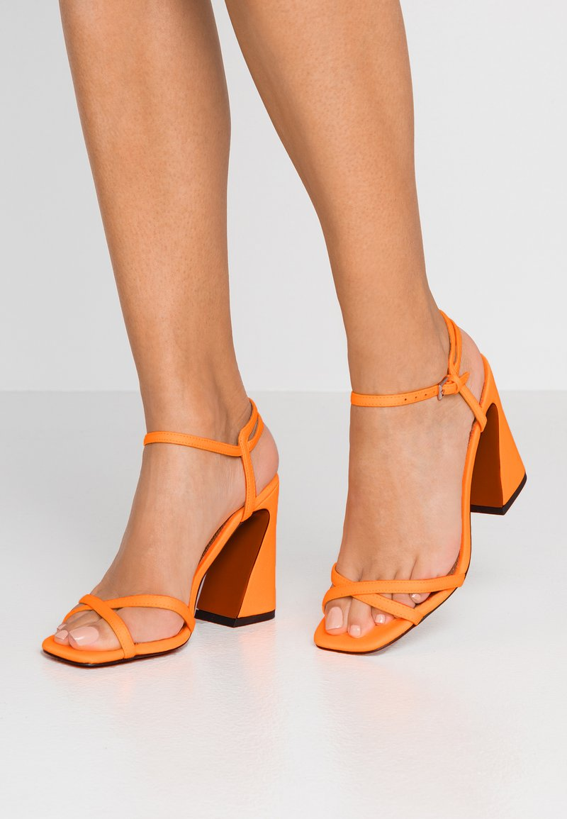 Topshop - REDEMPTION 2 PART  - Sandalias de tacón - orange