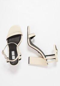 Topshop - ROLO STRAP  - Sandály na vysokém podpatku - cream - 3