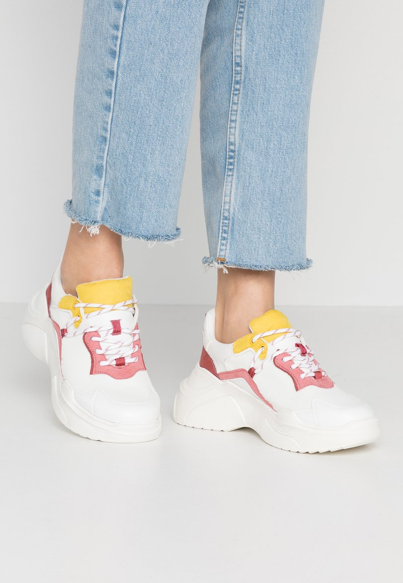 Topshop - CHERRY - Sneakers - blush