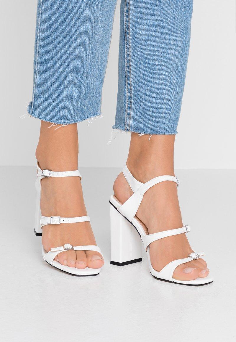 Topshop - STRAPPY - Højhælede sandaletter / Højhælede sandaler - white