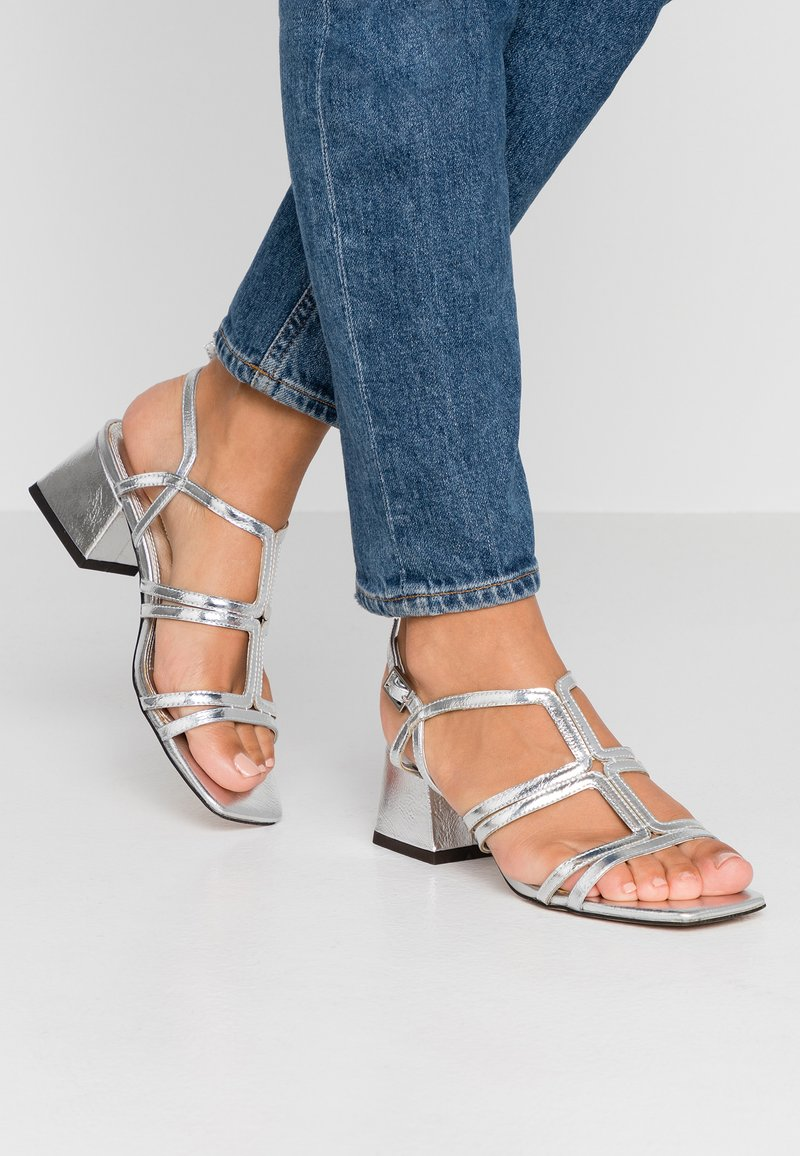 Topshop - DELIA T BAR  - Sandals - silver