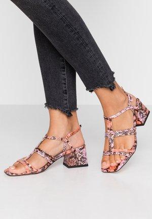 DELIA T BAR  - Sandals - pink