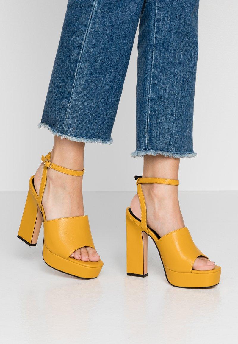 Topshop - RAFA CHUNKY PLATFORM - High heeled sandals - mustard