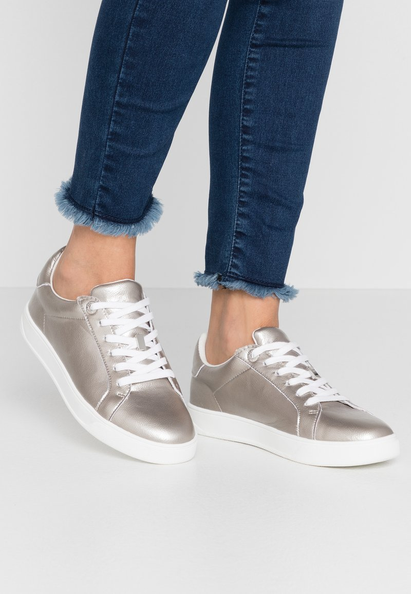 Topshop - CABO LACE UP TRAINER - Trainers - silver