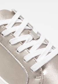 Topshop - CABO LACE UP TRAINER - Trainers - silver - 2