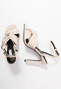 Topshop - RUMBA  - Sandály na vysokém podpatku - ivory - 3