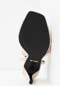 Topshop - RUMBA  - Sandály na vysokém podpatku - ivory - 6
