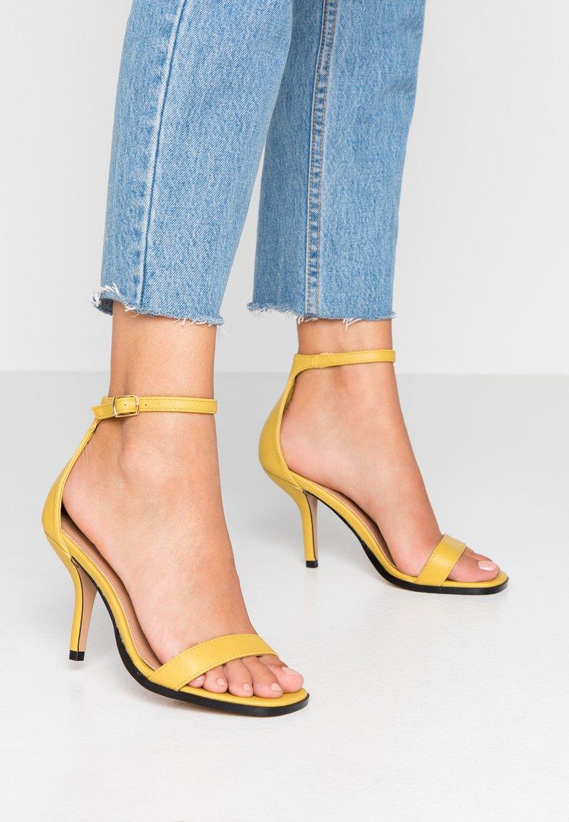 Topshop - SAGE CURVE MID - High heeled sandals - mustard