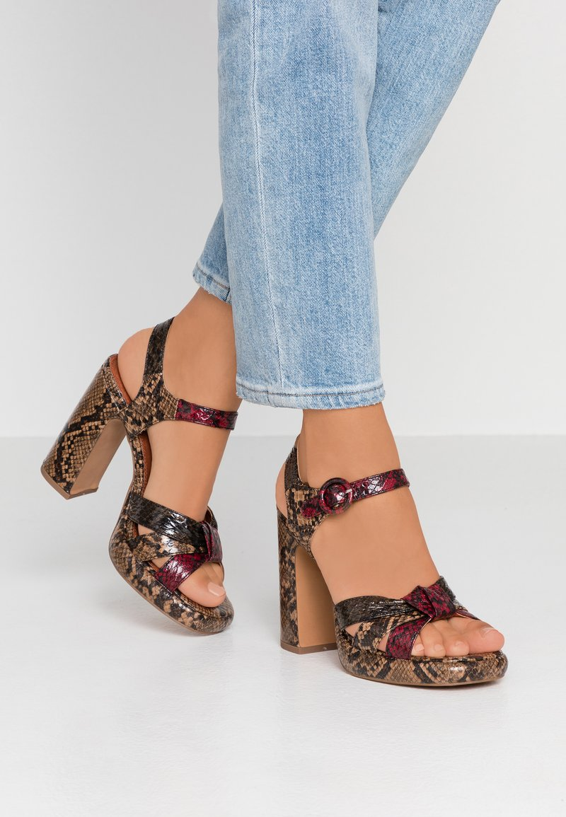 Topshop - RIPPLE PLATFORM - Højhælede sandaletter / Højhælede sandaler - natural