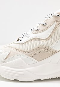 Topshop - CANCUN CHUNKY TRAINER - Zapatillas - offwhite - 2