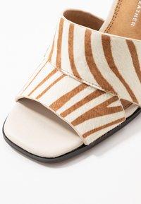 Topshop - SAFFRON CHUNK  - Sandalen met hoge hak - multicolor - 2