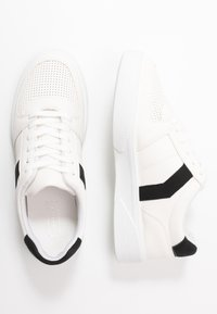 Topshop - CHARLTON LACE UP - Sneakersy niskie - white - 3
