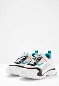 Topshop - CANDID CHUNKY TRAINER - Baskets basses - teal - 4