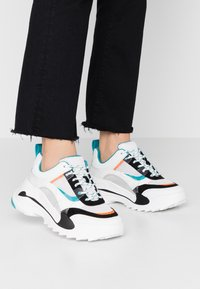 Topshop - CANDID CHUNKY TRAINER - Baskets basses - teal - 0