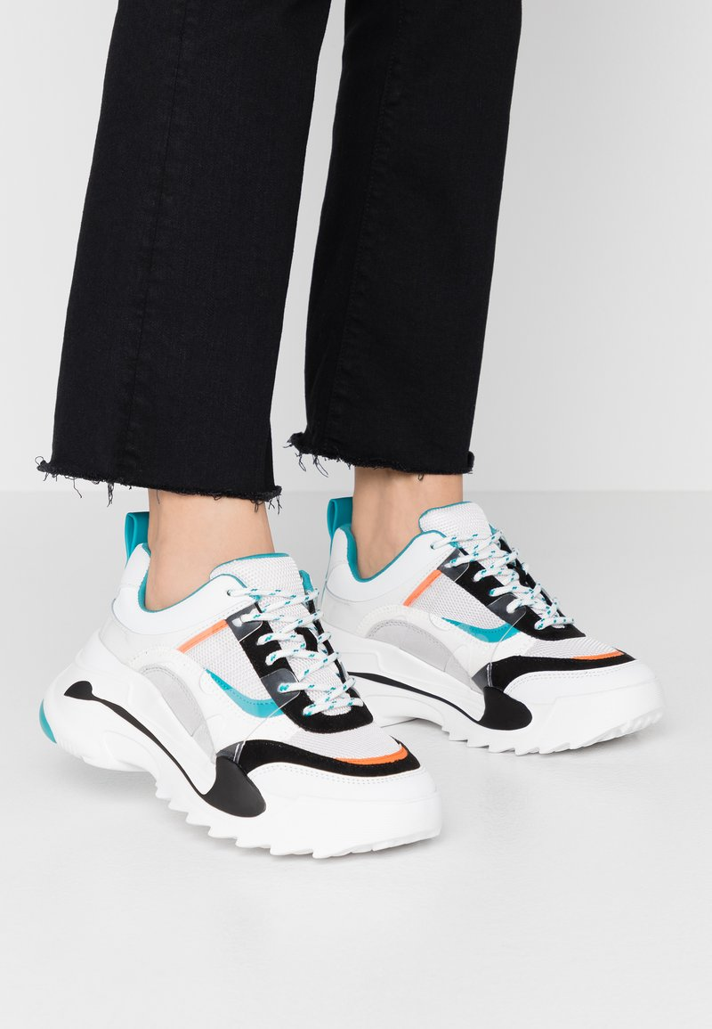 Topshop - CANDID CHUNKY TRAINER - Baskets basses - teal