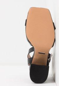Topshop - SACHA BLOCK ANKLE TIE - Sandali con tacco - black - 6