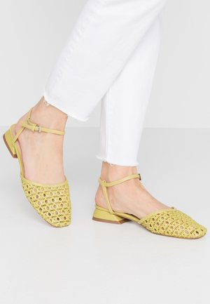 ALICIA ANKLE TIE - Sandály - green