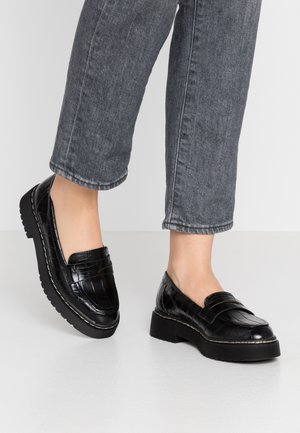 CHUNKY LOAFER - Loaferit/pistokkaat - black