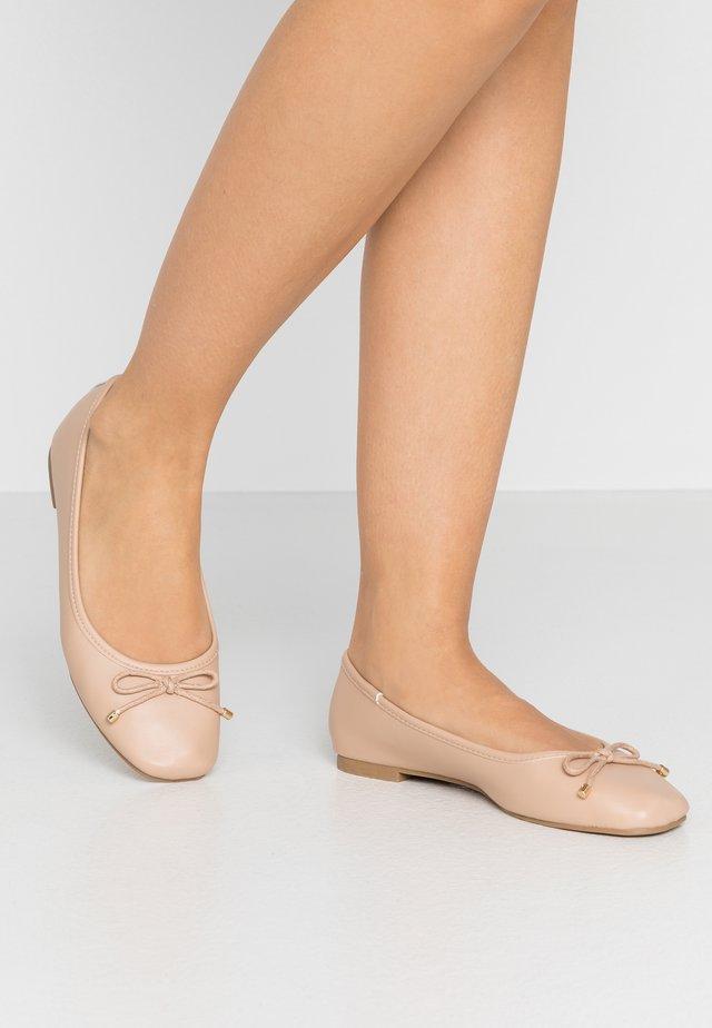ASTRID BALLET - Ballerinaskor - nude