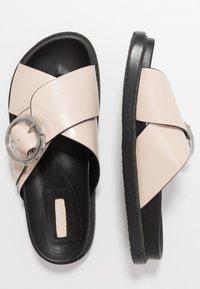 Topshop - PEDRO FOOTBED - Pantofle - stone - 4