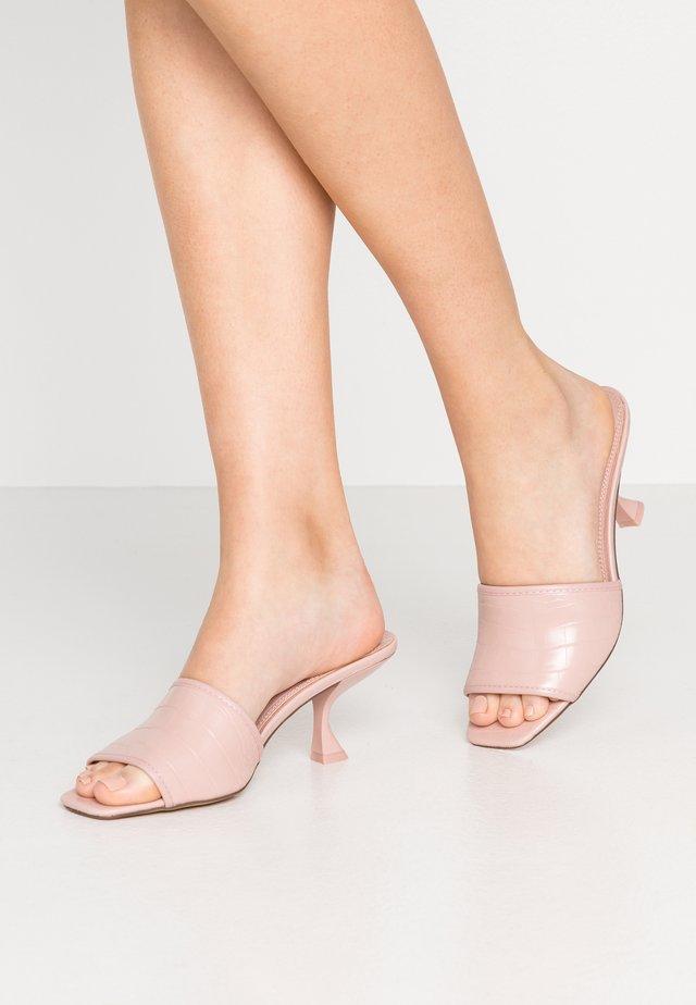 NUTMEG FLARE HEEL - Pantolette hoch - pink