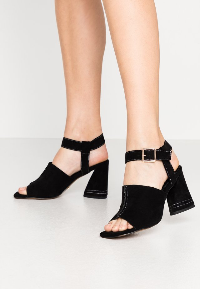 NESA STITCH FLARE - Sandaletter - black