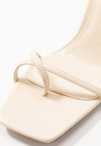 Topshop - NATURE STRAPPY BLOCK - T-bar sandals - offwhite - 2