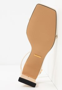 Topshop - NATURE STRAPPY BLOCK - T-bar sandals - offwhite - 6