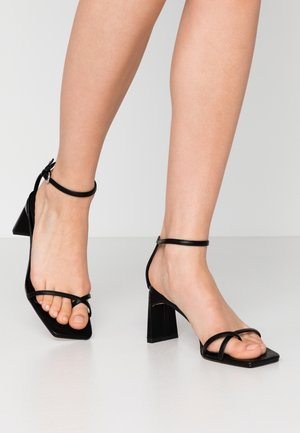 NATURE STRAPPY BLOCK - Infradito - black
