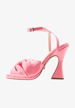 RAFI TWIST FLARE - Sandály na vysokém podpatku - pink