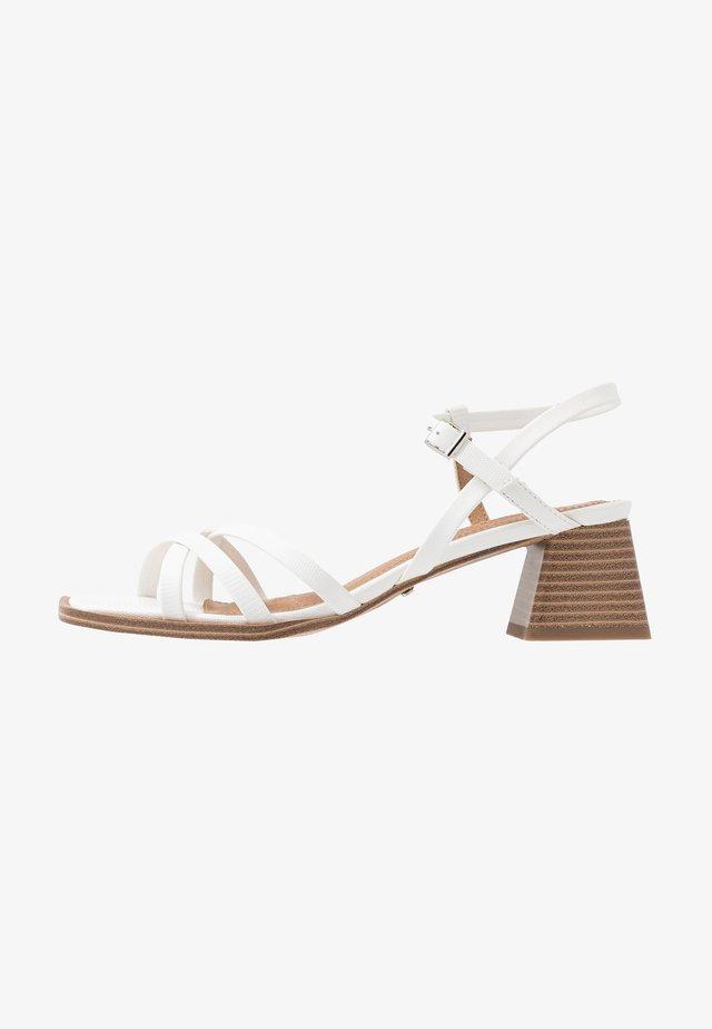 DIVINE BLOCK - Sandaler - white