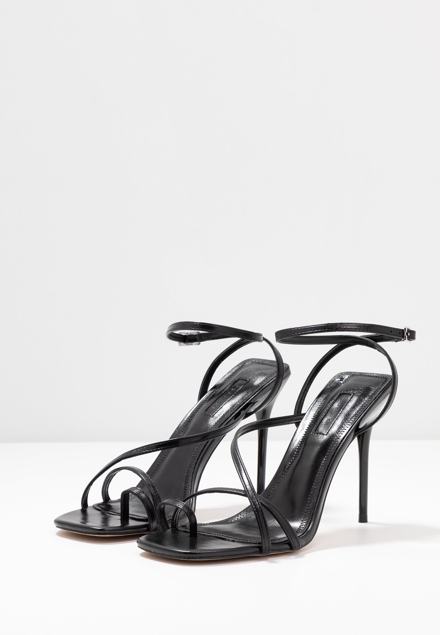 RISE STRAPPY Sandaletter black