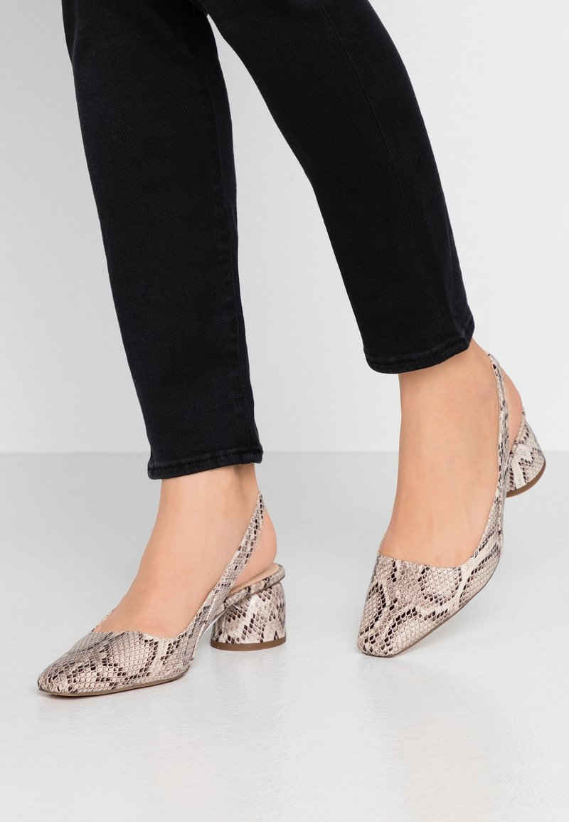 Topshop - JUSTIFY SLING COURT - Classic heels - natural