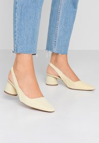 Topshop - JUSTIFY SLING COURT - Classic heels - lemon - 0