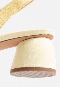 Topshop - JUSTIFY SLING COURT - Classic heels - lemon - 2