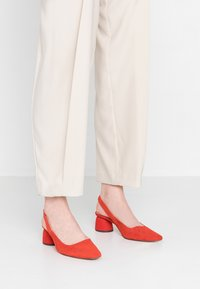 Topshop - JUSTIFY SLING COURT - Classic heels - red - 0