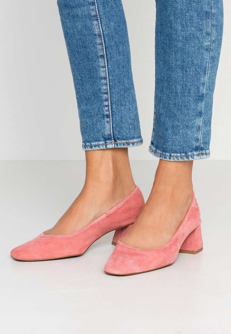 Topshop - JEMIMA SOFT LOW BLOCK HEEL - Pumps - pink