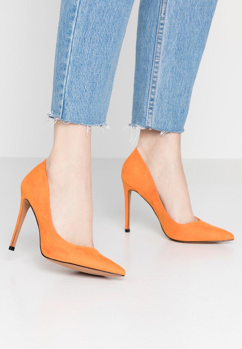Topshop - GRAMMER - Zapatos altos - orange