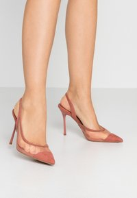 Topshop - FATE COURT SHOE - Zapatos altos - nude - 0