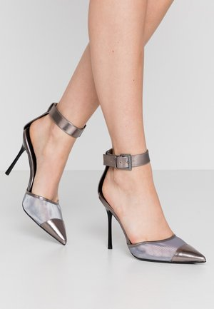 FERN ANKLE STRAP - High heels - silver