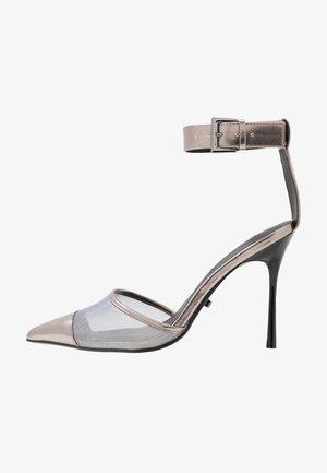 FERN ANKLE STRAP - High heels - silver