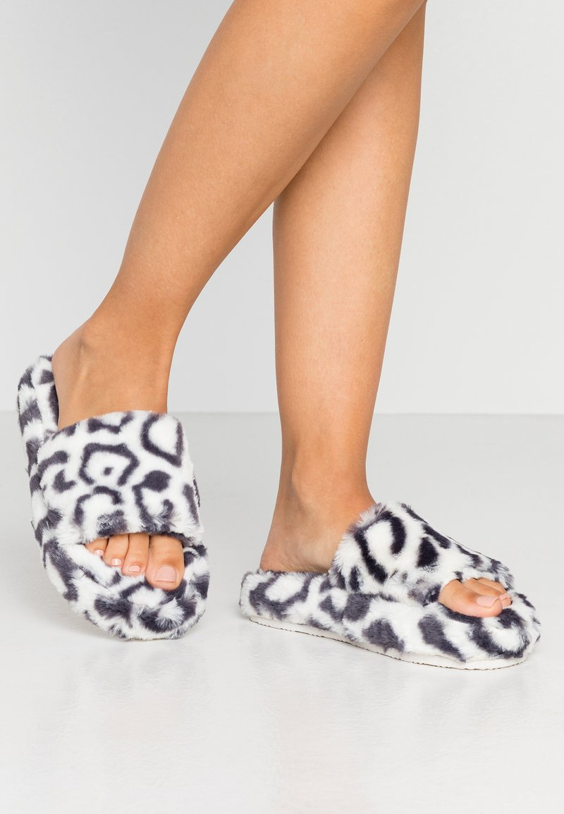 Topshop - CONTRAST ANIMAL PLATFORM SLIDER  - Slippers - multicolor