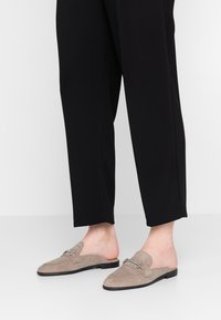 Topshop - KYRA BACKLESS LOAFER - Mules - grey - 0